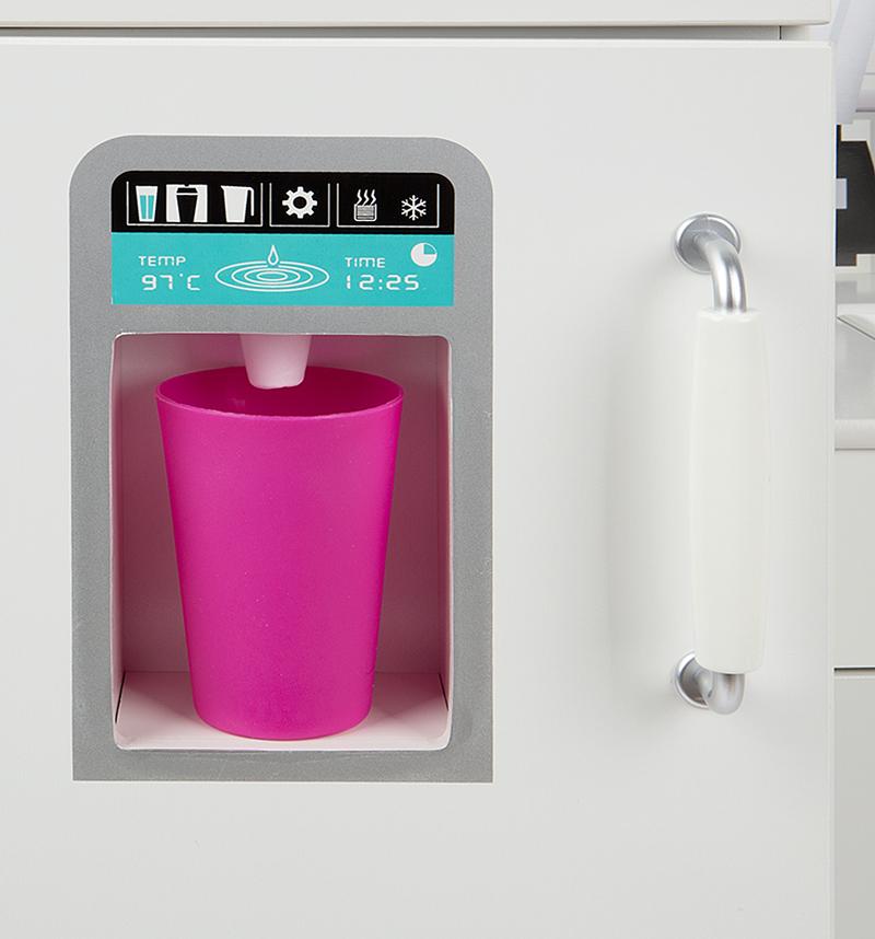 В кухне Edufun TX1170 есть автомат с газированной водой